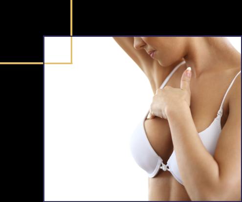 Reconstruction des seins après un ablation à la suite d'un cancer. Reconstruction mammaire
